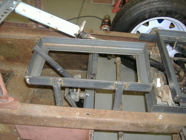 Midget battery trays